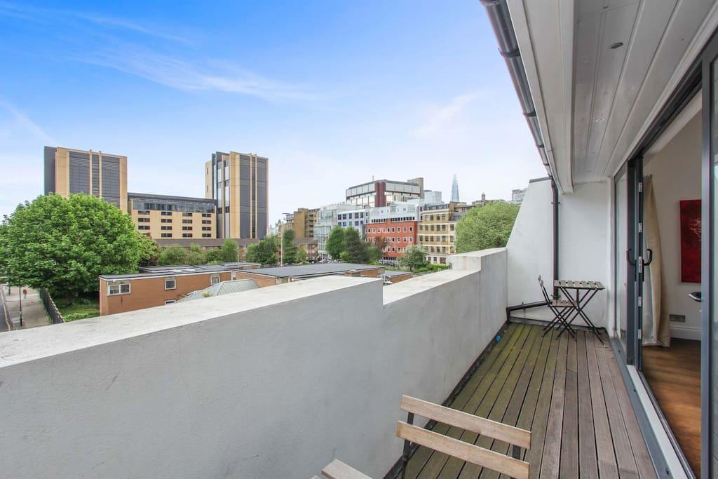 balcony/ shard view