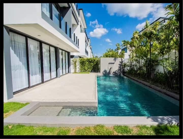 The Seasons Villas Phuket