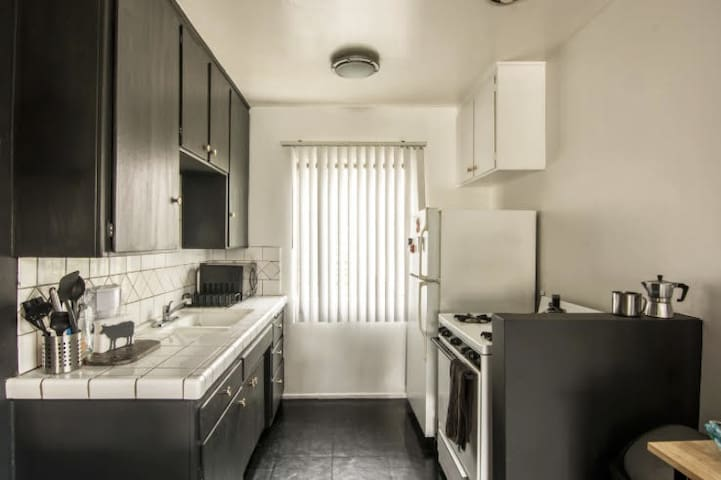 Modern Apartment in West LA/Santa Monica! ❤ - Los Angeles - Leilighet