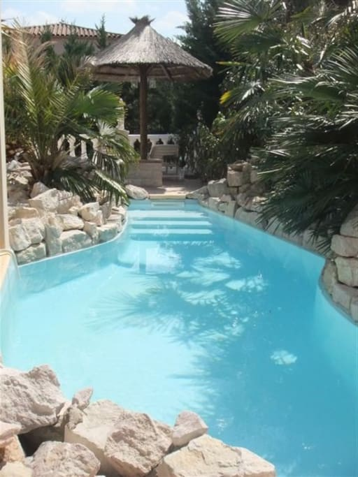 Maison meublee 155 m piscine ville in affitto a n mes for Piscine nemausa nimes tarifs