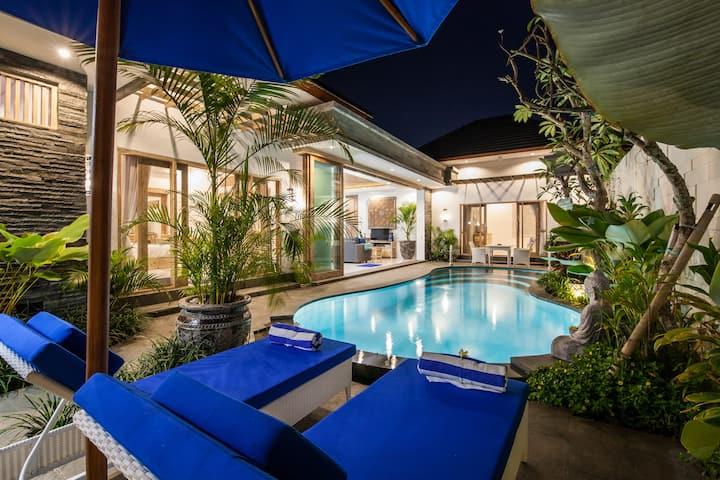 2 BDR Luxury & Stylish Private Villa In Seminyak