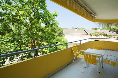 Apt for 3+2 pers - dog welcome in Bibione R53669
