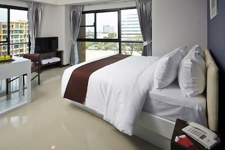 Sleep tight like stay home Airport/Breakfast/Wifi - Bangkok