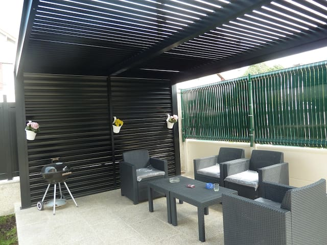 Parc Aulnay Sous Bois - APPART + JARDIN PARIS et Parc d'Expo de Villepinte Houses for Rent in Aulnay sous Bois, u00cele de
