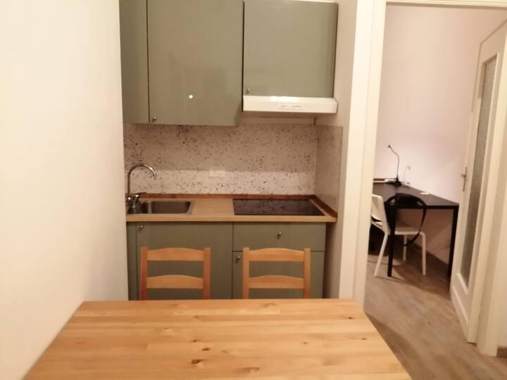 Cosy Cheap room