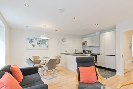 Luxury Docklands 1 bed