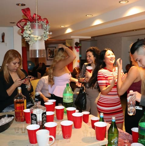 Book your party on UES NYC Venue