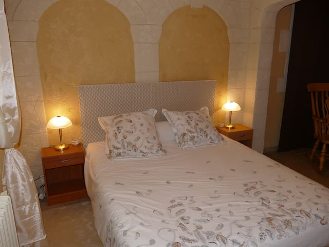 Large Bed and Breakfast at Domaine des Pins