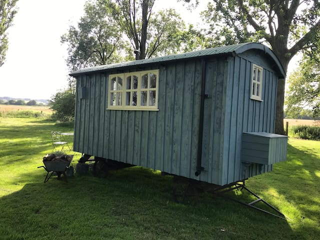 Shepherds hut - Mary's