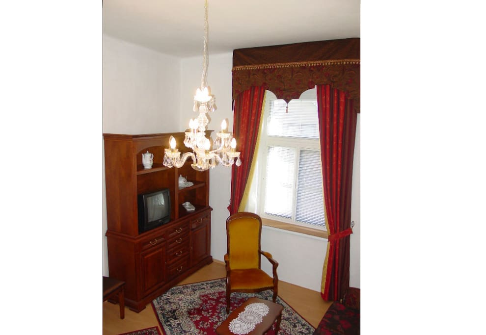 Excellent Location 3/ Old Town