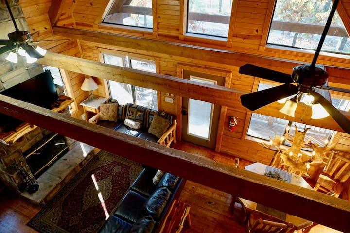 Colorado Cabin has all Aspen Furniture throughout the cabin.