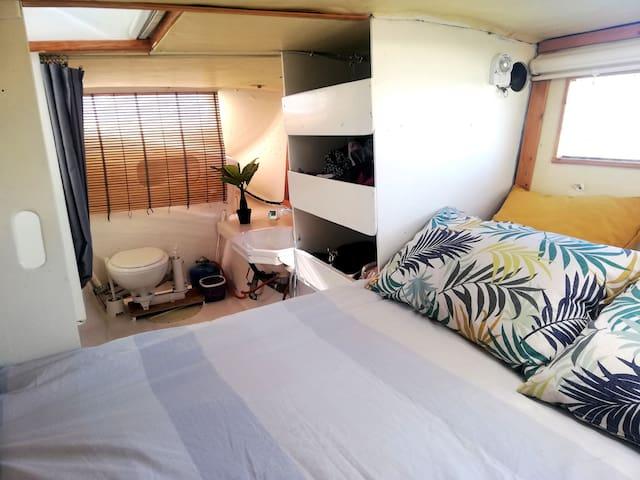 Unique stay double bedroom onboard catamaran