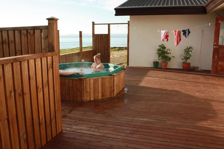 Hot tub on the terrace facing the North Atlantic