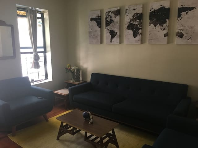 One Bedroom on FIRST FLOOR. - New York - Wohnung