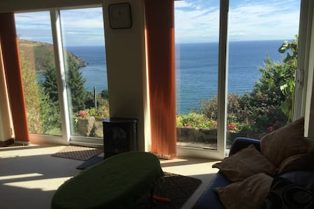 G/Floor with Splendid Views of Laxey Bay