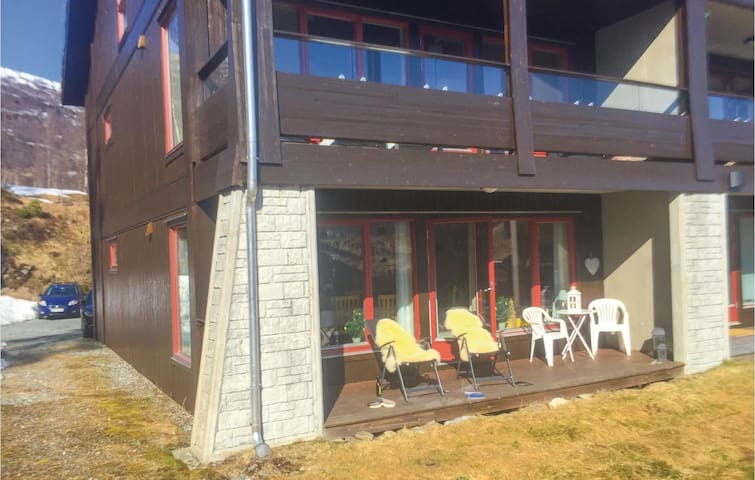 Holiday apartment with 2 bedrooms on 55 m² in Saudasjøen