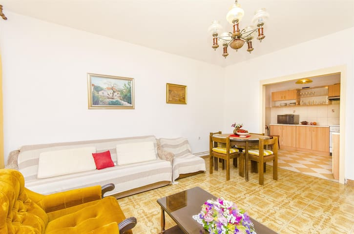 Apartment Maja (30882-A1) - Trogir - Apartment
