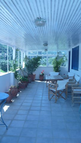 Apartment  with a terrace in Andros - Anemoessa - Όρμος Κορθίου - Muu