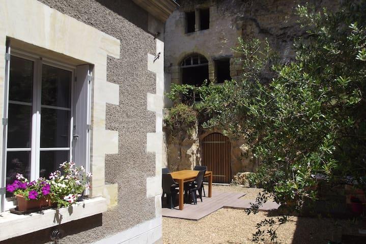 charmante maison en bord de Loire - Vouvray - Huis
