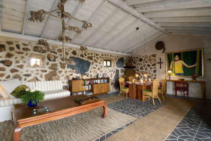 Villa TYNIRA in Teguise for 2 perso - Teguise - วิลล่า