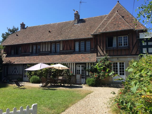 Large family manor in Deauville