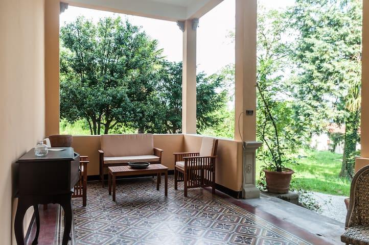 XIX century villa w/garden - Casalzuigno - Appartement