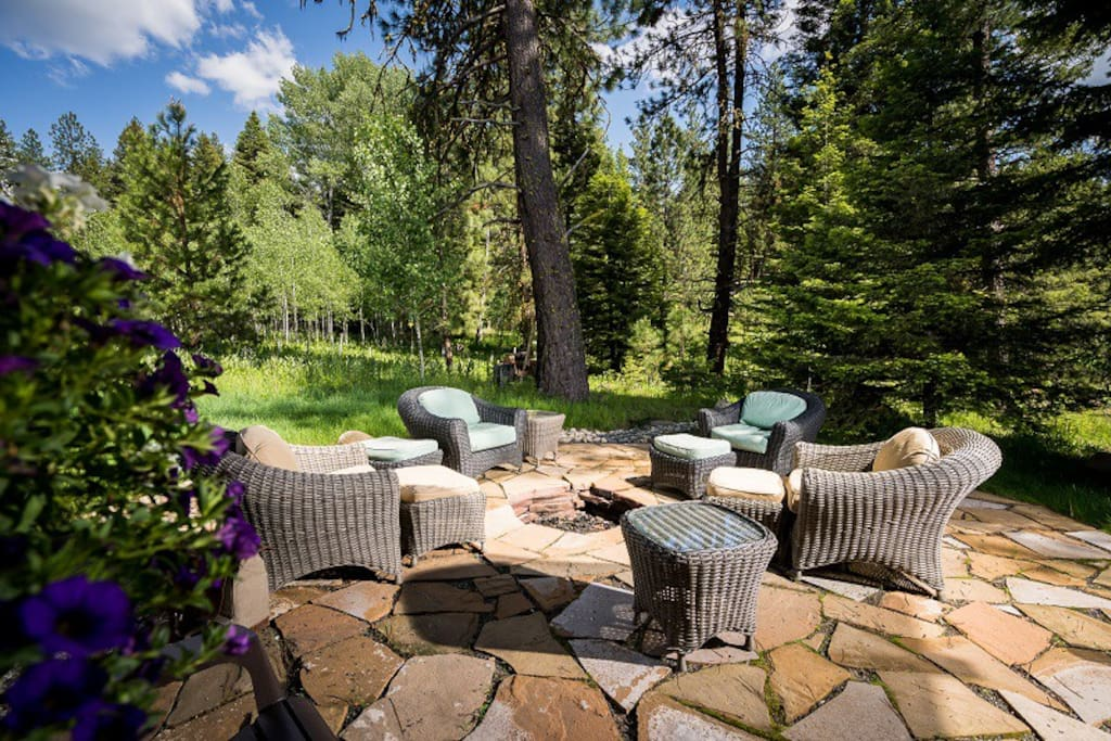 Relax next to the outdoor firepit