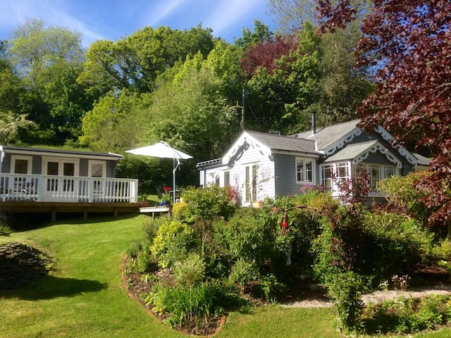 Cabin Retreat in Rural Tranquility - Bodmin - Bed & Breakfast