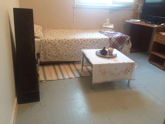 chambre pour femme / only wommen