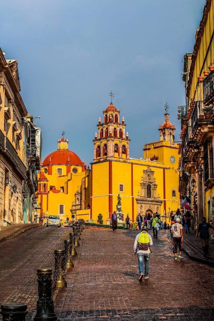 Loft para 5 persona Centro de Guanajuato / 1-107