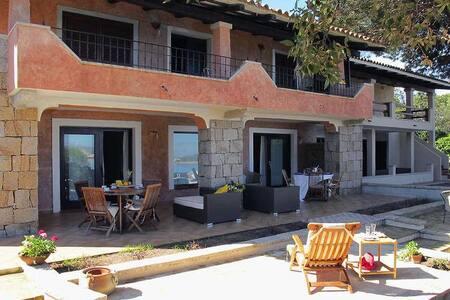 Baia Sardinia, Costa Smeralda - Baja Sardinia - 公寓
