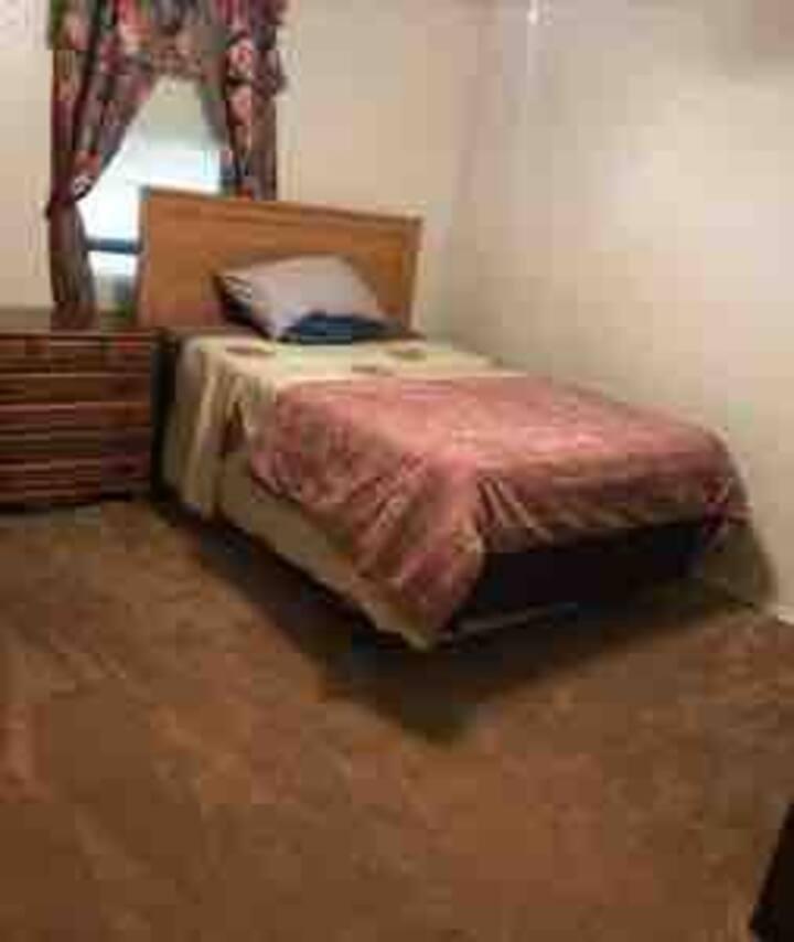 5 $22 TX75287 Privatebedroom Queenbed WiFi.FiOS500