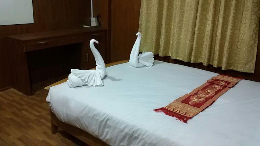 Woody room - Tha Wang Tan - Bed & Breakfast