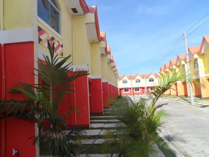 Fully aircondition & furnished home in Mactan Cebu