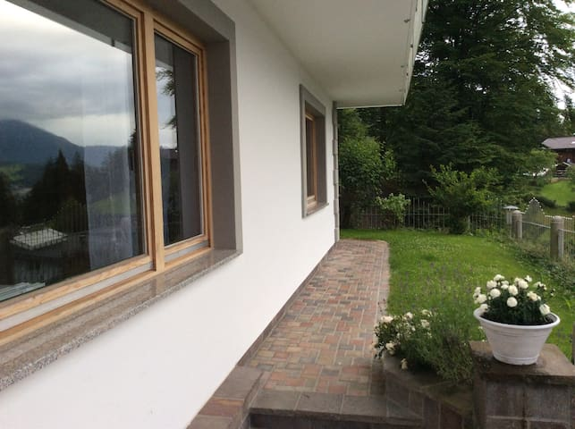 Friendly apartment - wonderful view over Wörgl - Wörgl - Apartament