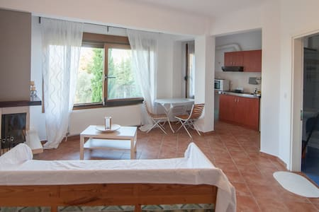 Olympus view flat near the beach,free parking - Πλάκα