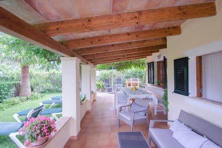 Bright cottage_Jacuzzy,Garden,BBQ,WIFI,Parking - Pollensa - Dům