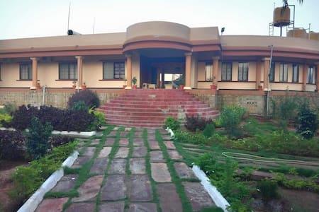 Hotel mayura aihole near Badami