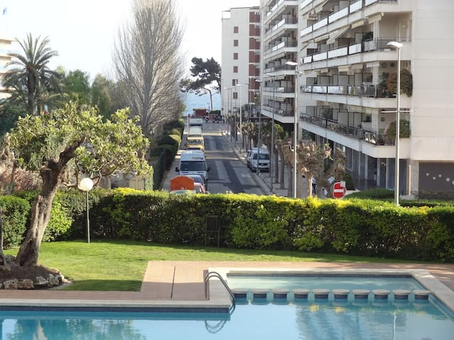 just steps from the beach ... - Lloret de Mar - Appartement