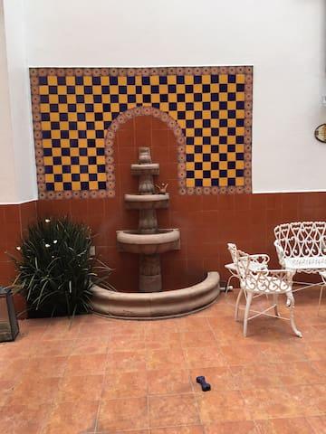 CONDESA ROOM