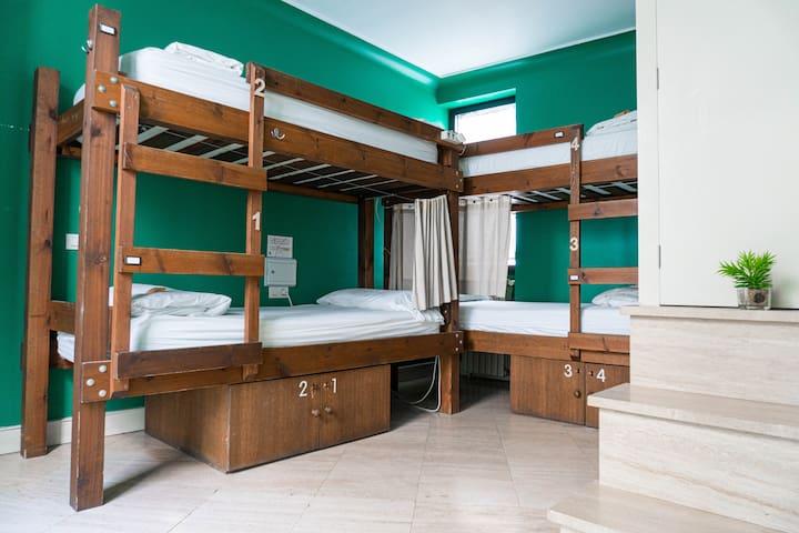 La Banda Rooftop Hostel - 4bed Deluxe Dorm Ensuite