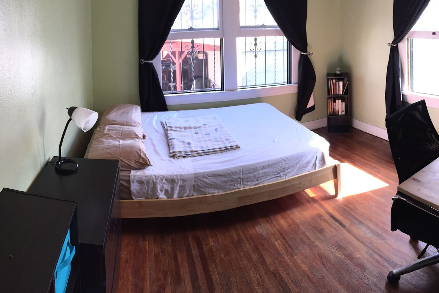 Clean room and comfortable bed.