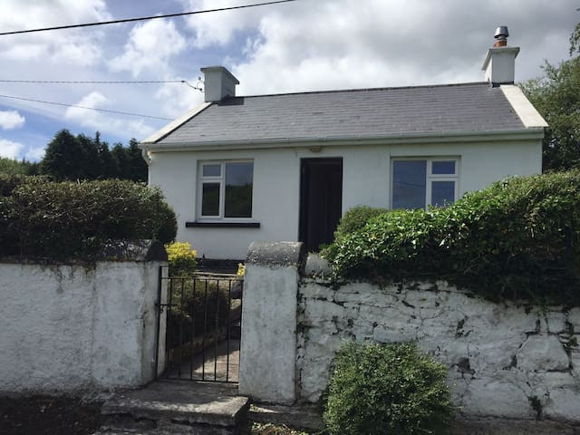 Traditional Irish Cottage at Burkedale House