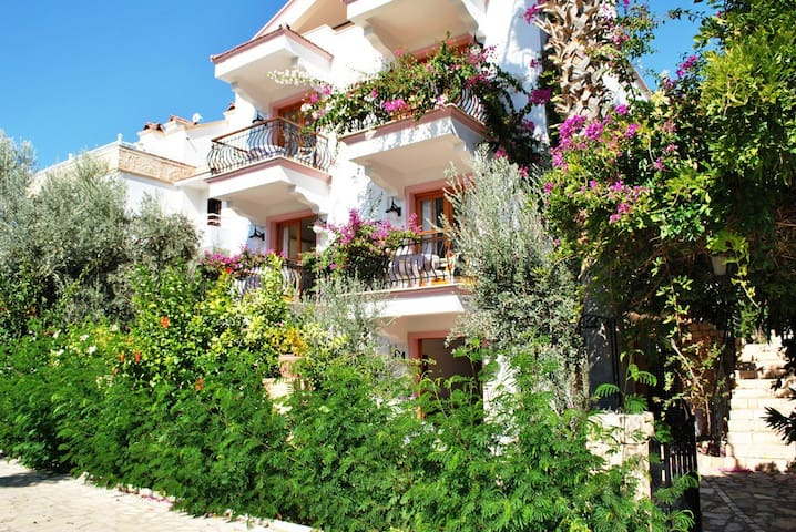 Self contained one bedroom apartments, Kalkan