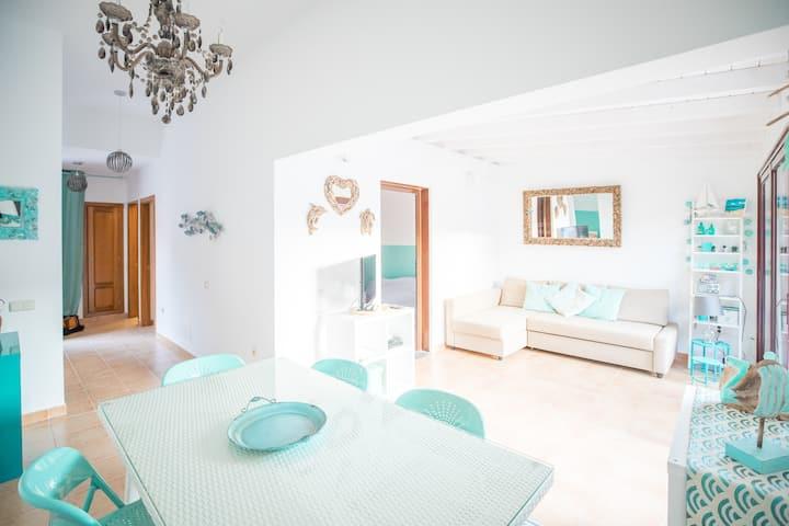 Villa Tamaragua , Wi-Fi + UK, DE and ITA Sat TV
