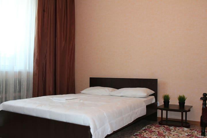 1 к. квартира для 4х у Аэропорта - Barnaul - Apartment