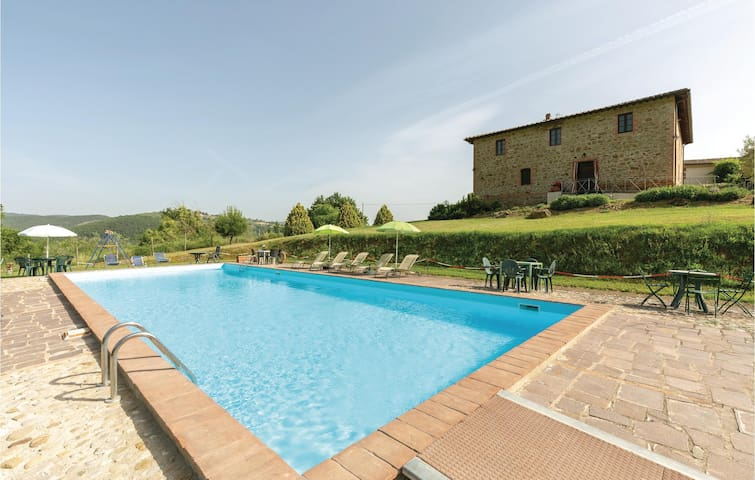 Holiday cottage with 2 bedrooms on 110m² in S.Vito In Monte TR