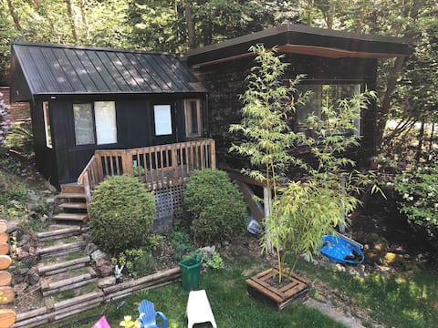 Bluewater Guest Suite, Bowen Island