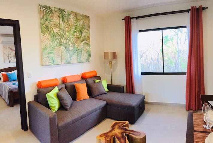 Apartment  Quiet w/Pool and surrounded w/Nature-
