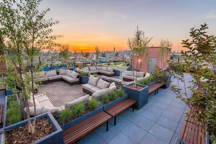 Sunny & Modern + Roof Deck & Gym! - Brooklyn - Byt